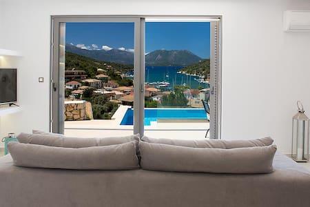 Meganisi Sunset Luxury Villas - Villa Erato - Hus