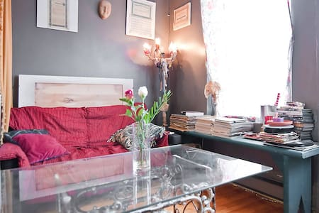 Charming room near metro 1or 2 pers