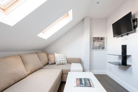 Spectacular Loft Studio - Lägenhet