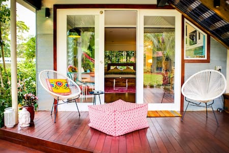 Romantic Garden Studio by the Sea - Terrigal - Lejlighed