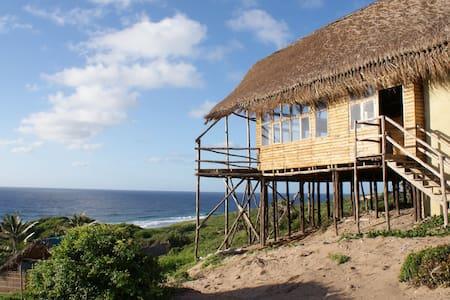 Casa Baleia,Tofinho,Mozambique(8bd) - Ház