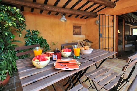 House in Spanish medieval village - Peratallada