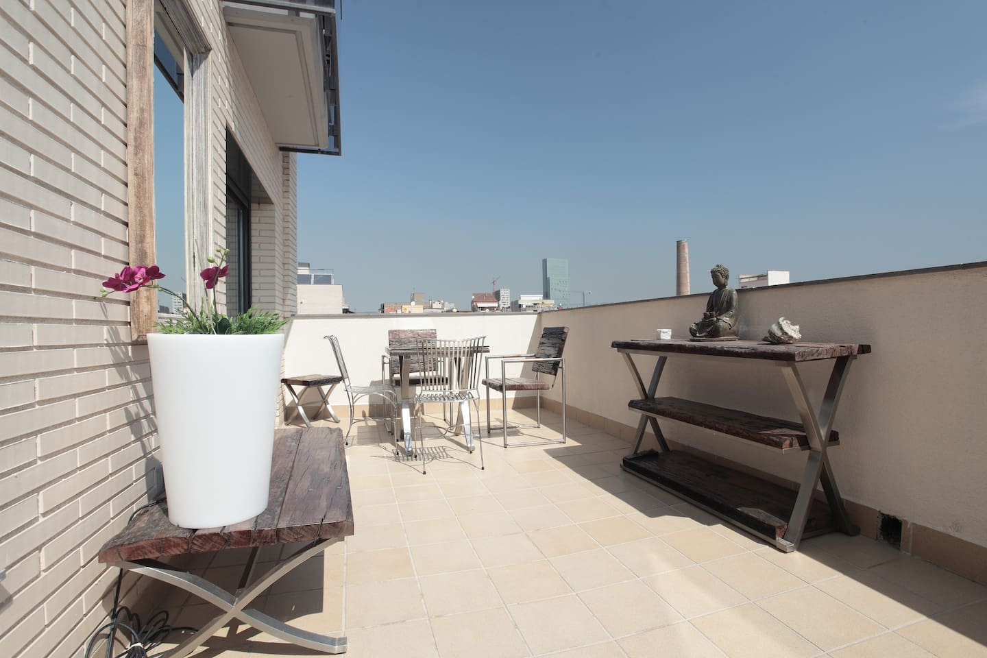 Beach Apartment Barcelona 1-4 pax