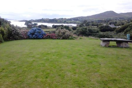 Wild Atlantic Way sea view cottage - Bantry