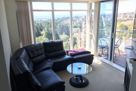 Convenient New Condo-Skyline View - Burnaby - Wohnung