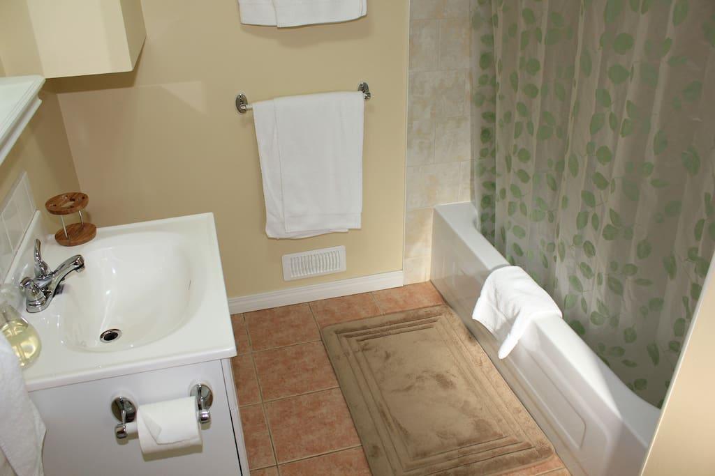 Three piece Bathroom with heated floor