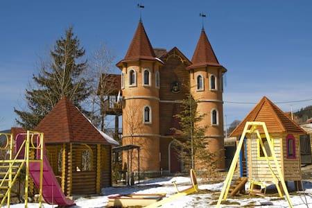 Castle Belvedere - Palyanytsya
