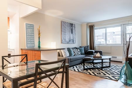 Stylish Apartment-Downtown Montreal