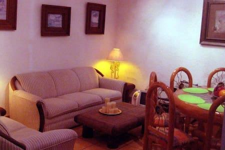 Bungalows para DOS personas - Cuernavaca - House