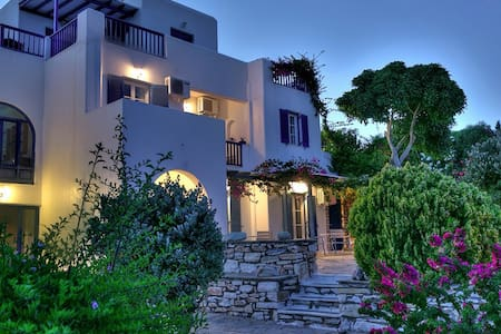 New Listing! Dryades Paros Room for 3 people - Drios - Haus