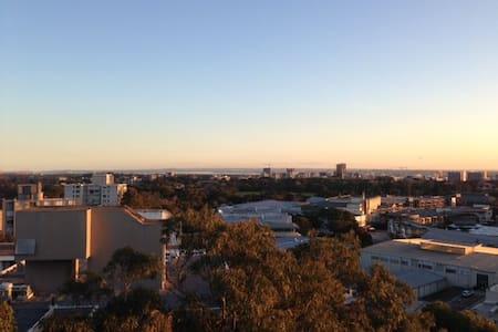 Penthouse Apartment with views - Centennial Park
