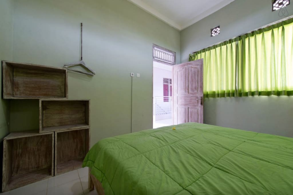 ROOM WITH AC