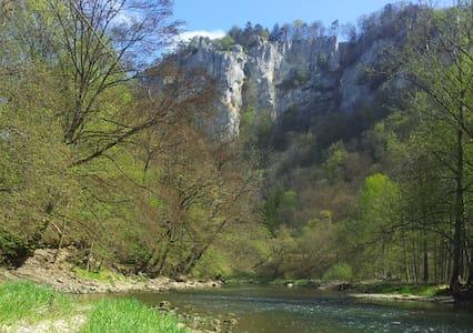 Auf dem Weg im Donautal.. - Beuron - Inap sarapan