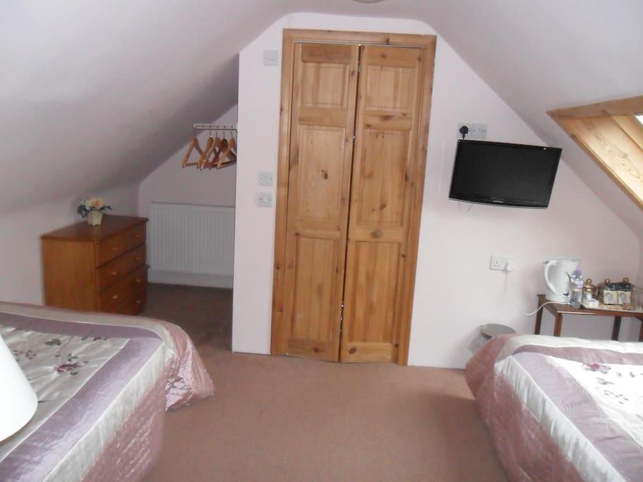Twin room en-suite located on the second floor