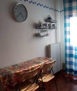 Grazioso appartamento sul mare - Apartment