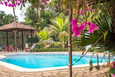 twin room en mansión colonial - Managua - Villa