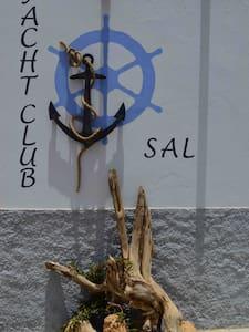 Yacht Club Sal nuovo! - Palmeira - Bed & Breakfast