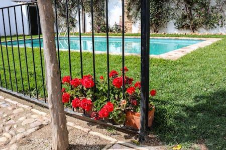 Casa el Pozo, con terraza y piscina - Casa