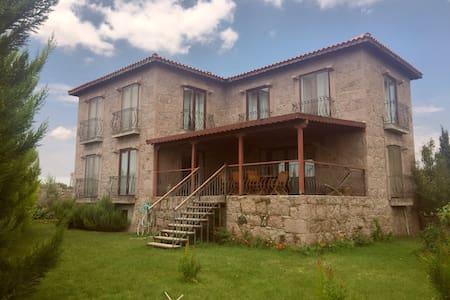 Stone House - Korubaşı - Vila