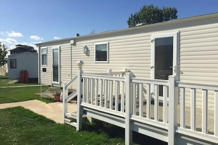 Static Caravan Highfields, Clacton - Clacton-on-Sea