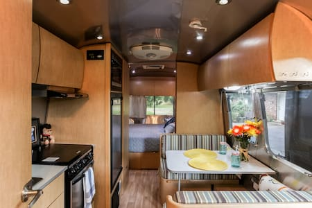 The SoCo Airstream is so fun! - Austin - Camper/RV