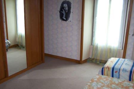 chambre familiale - Mouilleron-en-Pareds