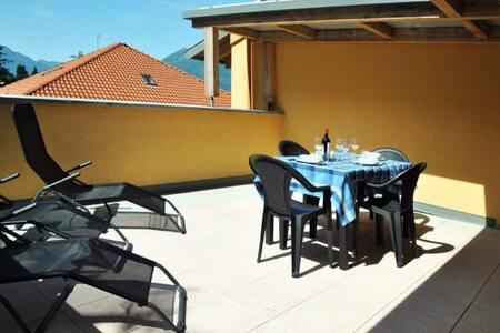 Appartament two terrace view Lake - Apartemen