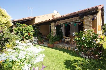 vila tina - Acharavi