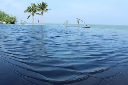 Quiet Seaview Private Condo - Hua Hin