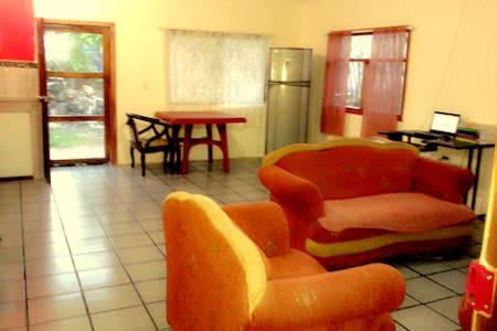 Casa Independiente Isla Santa Cruz- Galápagos - Puerto Ayora - Haus