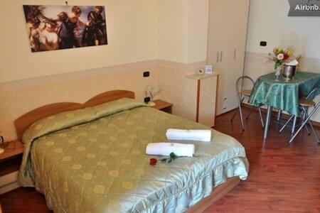 camere confortevoli centro storico - Gricignano di Aversa