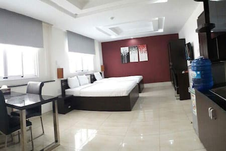 Nice serviced apartment in heart of Phu My Hung - Lakás