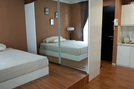 Cozy 1BR Aptmn on South Jakarta