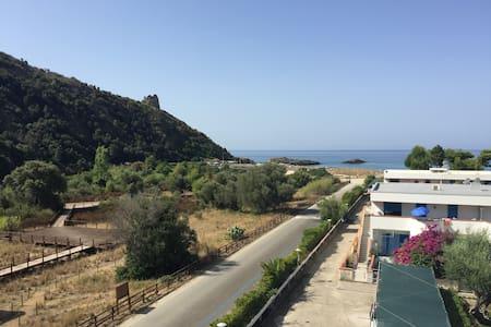 La Baia Tirrena - Ascea