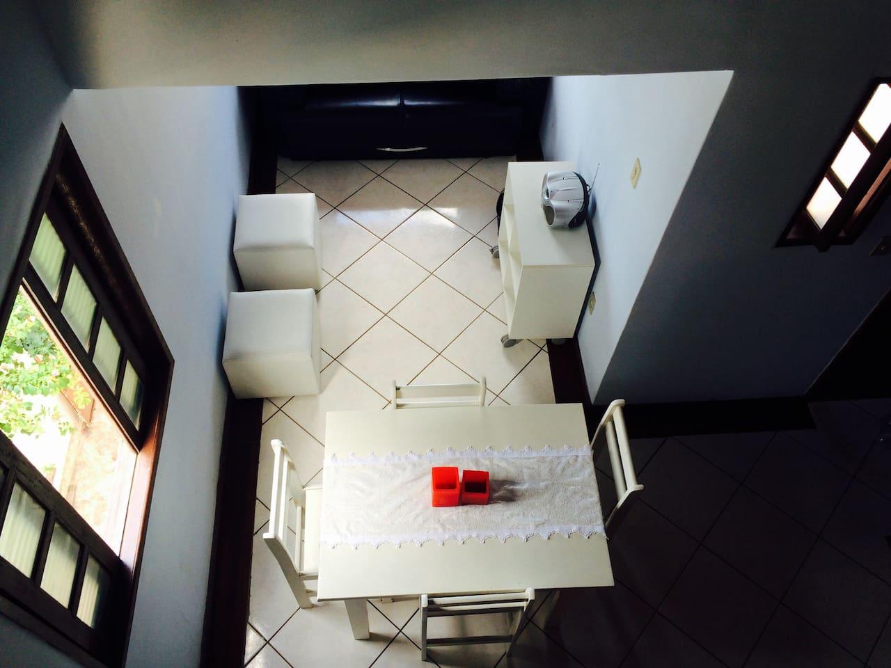 Foto tirada do segundo andar.
