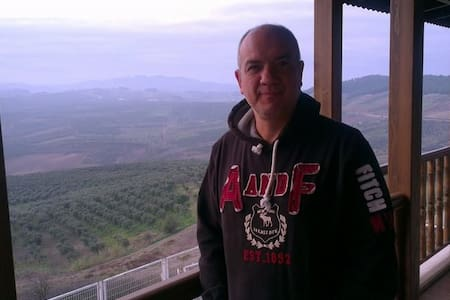 Dağ,deniz ve nefis doğa manzarası - Vila