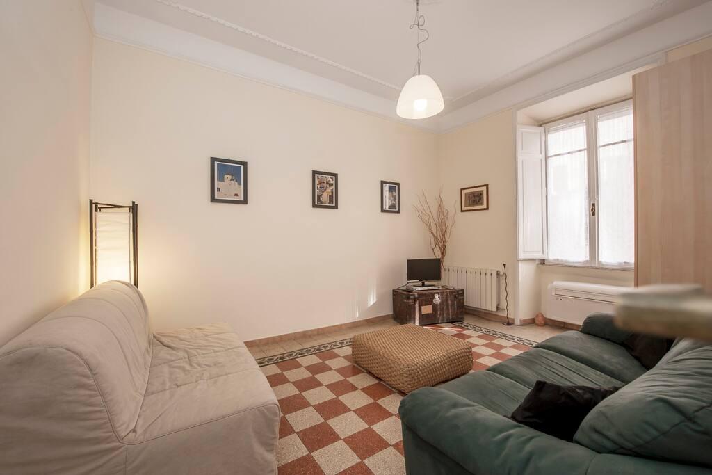 Apartment - Metro A - WIFI - A/C