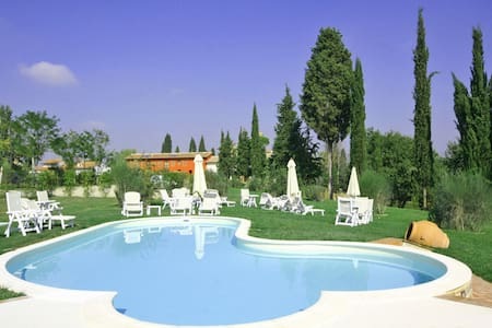 Artisti - Artisti 6, sleeps 8 guests in Empoli - Empoli