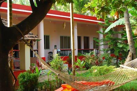 OMKAR Guesthouse - Ház