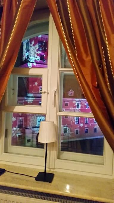 View from the apartment - Royal Castle Square Warsaw :-)