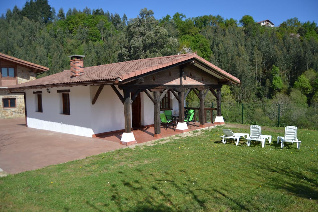 Errotatxiki casa rural con encanto houses for rent in bermeo - Lurdeia casa rural bermeo ...