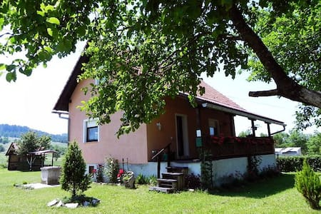 Plitvice Lakes - House (9 persons) - Talo