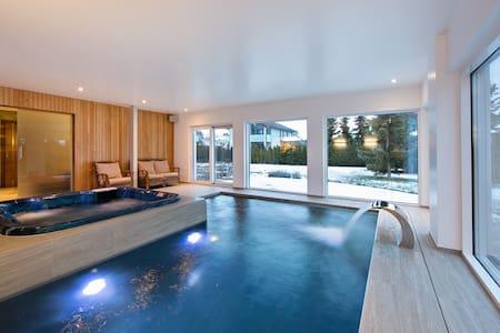 Amazing new villa with SPA, right on the beach ! - Tallinn - Villa