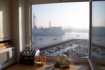 Spinnaker View Apartment   - Apartament