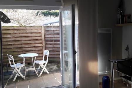 Appartement calme + Terrasse à deux pas du centre - Bordeaux