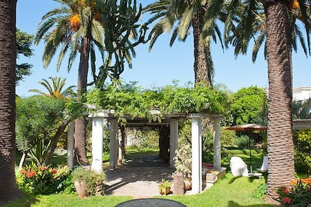 Studio in a large garden at L'Oasis - Casablanca - House