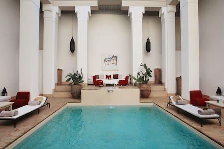 Riad Al Jazira, Superior Room
