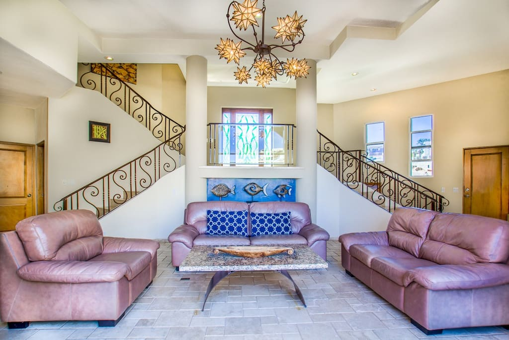 Luxurious Villa los Amigos