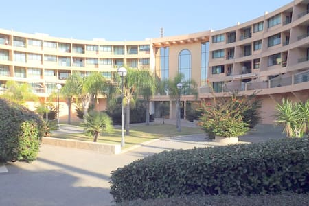 Lovely Caesarea (Neot Golf) Vacation Apt. - Caesarea - Apartment