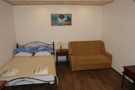 Mini hotel SICILIA - Junior room - Illichivs'k - Bed & Breakfast